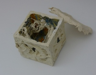 Sircar. Rags&Bones-Disaster-Detail