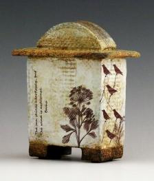 KanikaSircar_BashoBox1b_stoneware